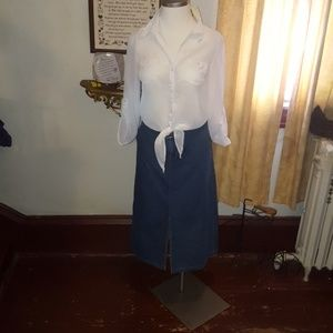 White stag brand ladies size 12 denim skirt with t
